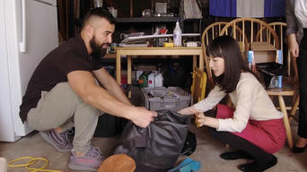Tidying Up with Marie Kondo: Season 1: Making Room for Baby