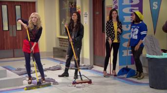 Liv und Maddie: Season 3: Parkers erster Tag