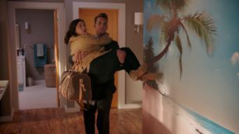 Crazy Ex-Girlfriend: Season 3: Josh est un menteur.